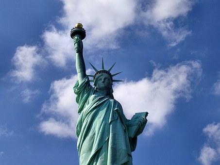 statue-of-liberty-1045266__340.jpg